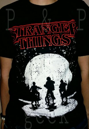 Camiseta Stranger Things - 16 ao GG