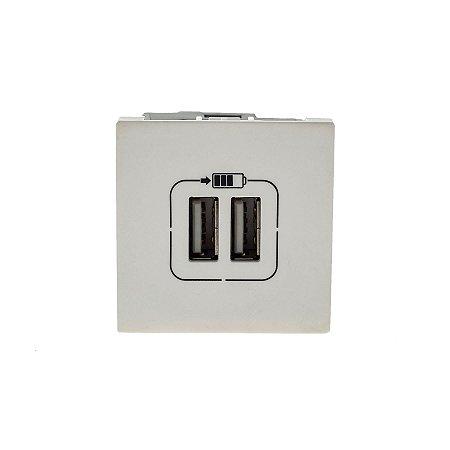 Legrand - PIAL Plus+ - Carregador USB - 2 Saídas - 2400mA - Branco - 615089BC