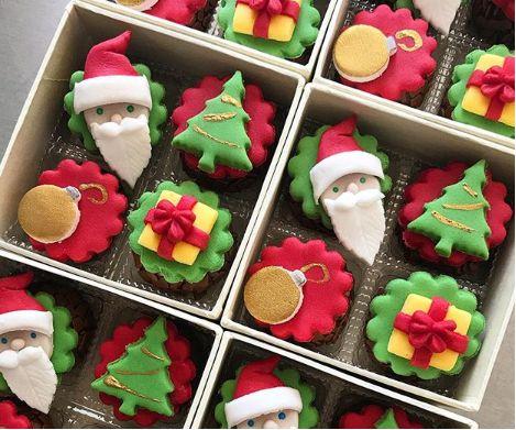 Curso Presencial - Cupcakes com decorações natalinas  - Chef Érica Trica 08.10.2018