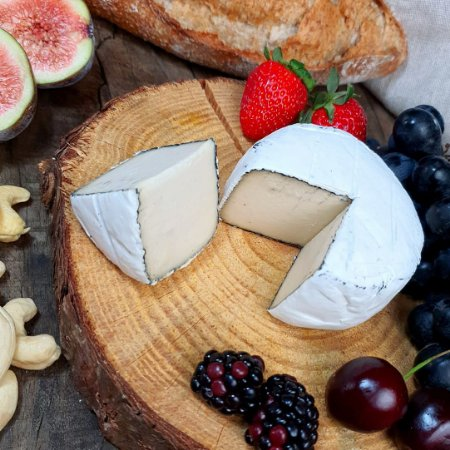 Queijo Camembert Trufado 140g - Ecozy
