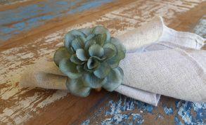 Porta Guardanapos  / Flores de Tecido - Beijinho