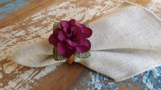 Porta Guardanapos  / Flores de Tecido - Beijinho com Juta