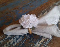 Porta Guardanapos  / Flores de Tecido - Cravo