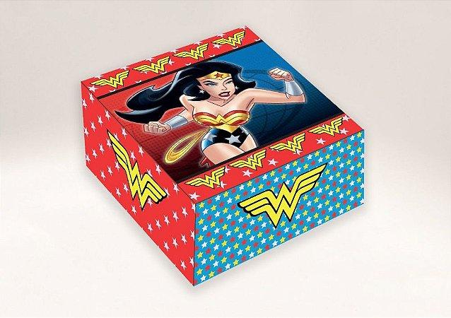 Caixa mulher maravilha / 04 Brigadeiros - 8x8x3,5