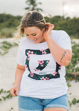 Camiseta Hawewe Surf Quilha Floral Branca Feminina