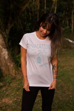 Camiseta Hawewe Vacations Branca