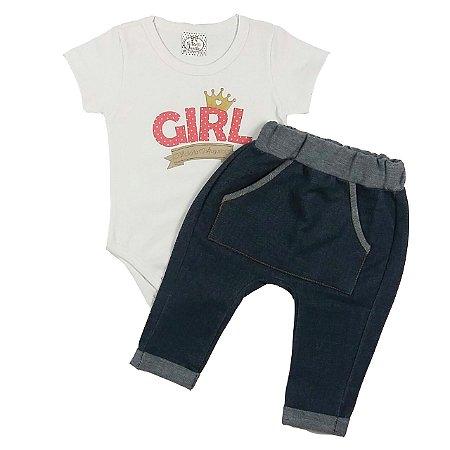 Conjunto Bebê Body Manga Curta  Básico Branco Girl com Calça Saruel Imitando Jeans