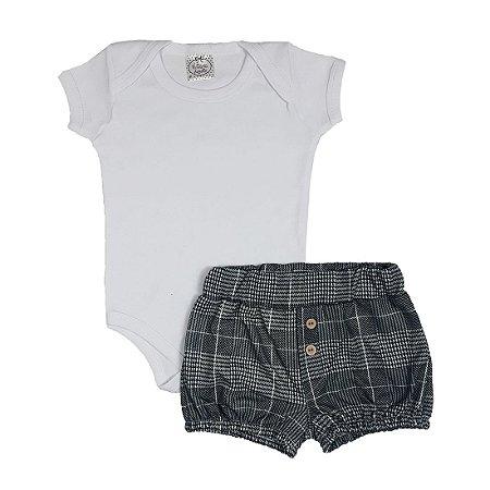 Conjunto Bebê Body Branco + Shorts Xadrez