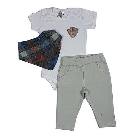 Conjunto Bebê Body Branco + Calça + Bandana Xadrez