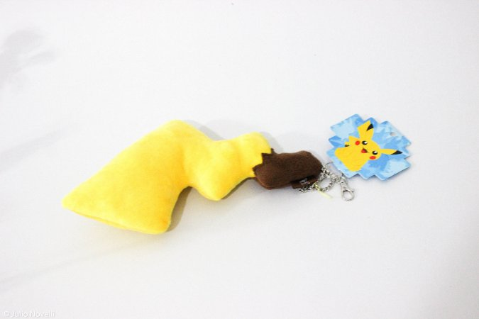 Chaveiro rabo do Pikachu