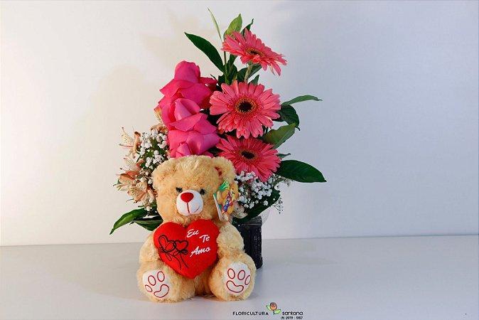 Arranjo de rosas com gerberas e Urso