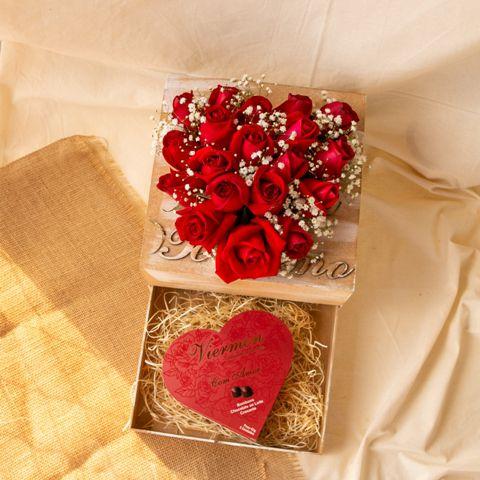 Coração de rosas com gaveta