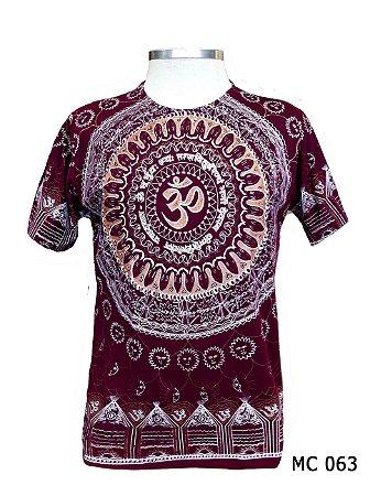 Camiseta Indiana Masculina Mandala Mantra Om Vinho