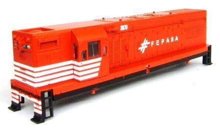 Carcaça da Locomotiva G12 FEPASA Fase II 3002 -  30020