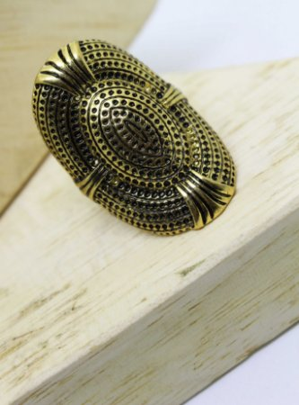 Anel Oval Ouro Velho Rústico