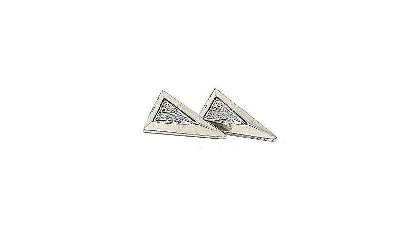 Brincos Triângulos Rústicos Prata Velho