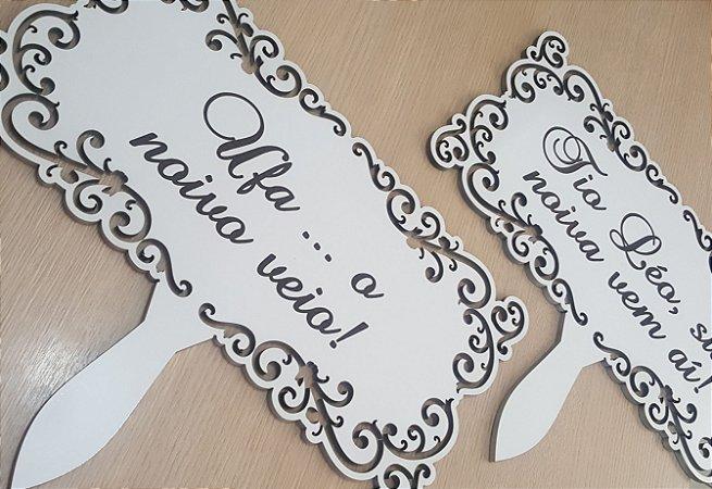 Placa Pajem e Daminha MDF Branco com frase gravada em baixo relevo