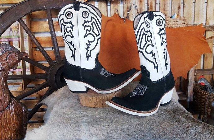 bota texana country masculina cano médio bico fino inclinado aladdin solado  em eva branco bico couro de boi liso preto solado couro costurado a mão (  Com ... 823d05455c4