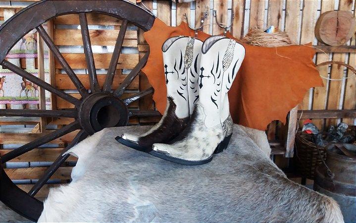 00fb7bba61a30 bota texana country masculina cano médio bico fino inclinado aladdin com  pelo natural bovino preto e
