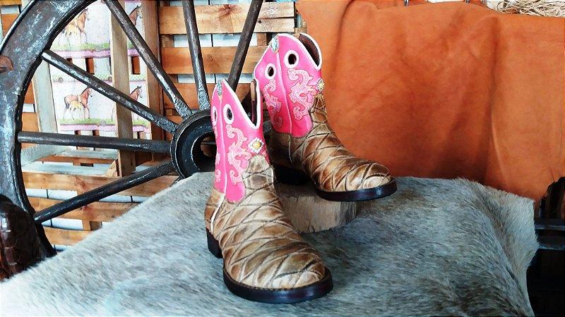 bota texana country infantil feminina cowgirl mirim cano médio rosa com  strass bico redondo escamada solado em couro costurada a mão feita sob  medida ... 509b0f20c61