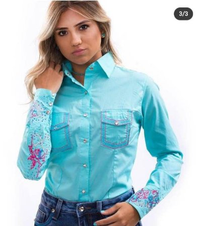 Camisa  camisete feminina manga longa bordada com strass cor azul turquesa