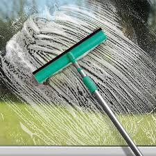 Produto de Limpeza para Limpar Vidros faz 80 Lts