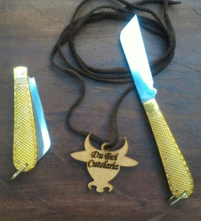 Canivete Tipo Corneta Médio Dourado