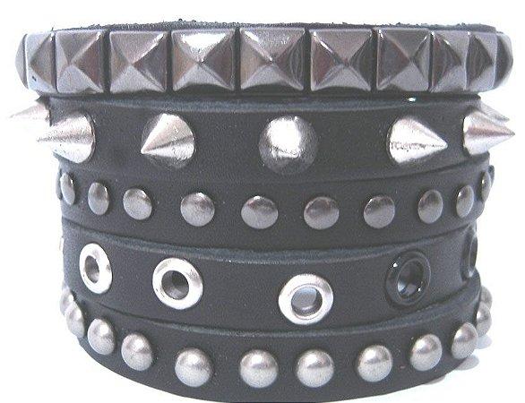 Munhequeira Bracelete Caveira Tachas Spike Rock Madstar