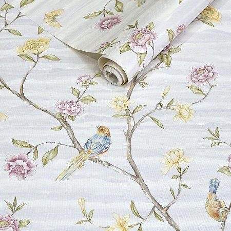 Papel de Parede Cinza Claro com Pássaros e Flores Rosas e Amarelas