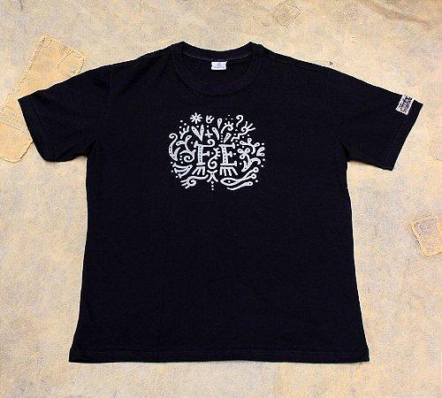 Camiseta Fé -Preta