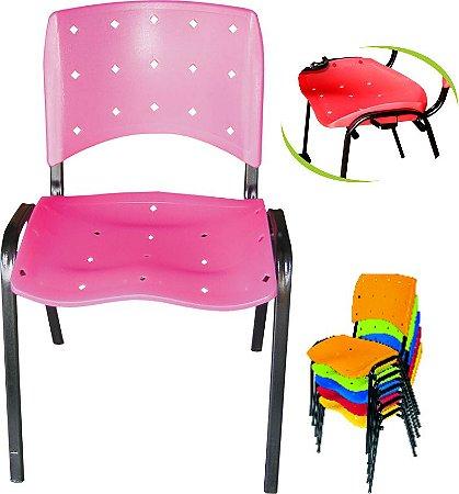 Cadeira Iso Plástica Fixa Empilhável Opcional: Encaixe Macho e Fêmea - Pethiflex