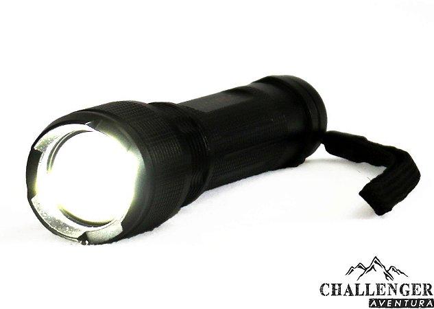 Lanterna Tática Recarregável Attack GUEPARDO