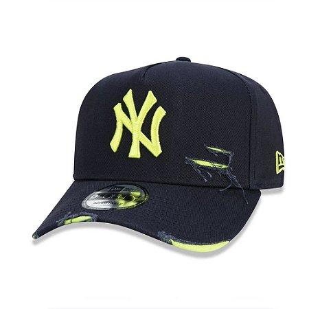 Boné New Era 9Forty A-Frame Destroyed MLB New York Yankees Marinho/Verde Neon
