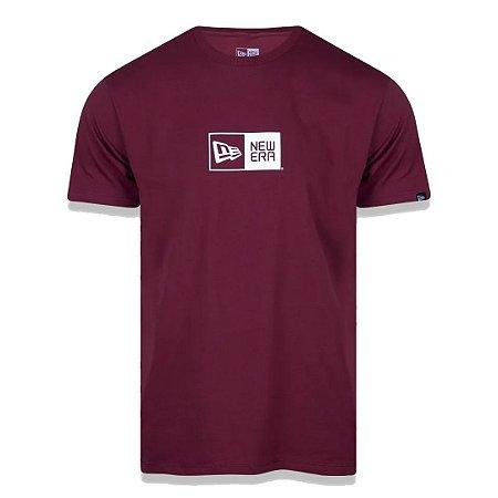 Camiseta New Era Logo Box Bordo