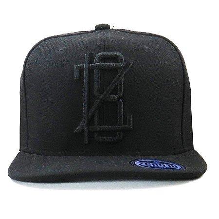 Boné  Zero18 Snapback Aba Reta Z18 Black