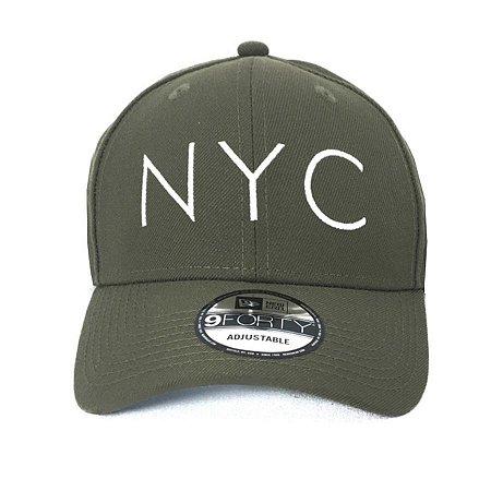 Boné New Era 940 Snapback Aba Curva NYC Verde