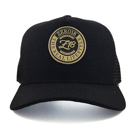 Boné  Zero18 Snapback Aba Curva Tela Golden
