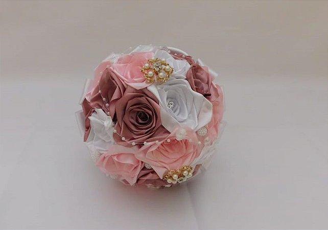 Buquê de Noiva - Rosas Colombianas - Rosa Claro, Rosa Antigo e Branco
