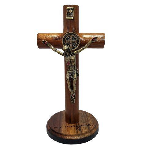 Crucifixo de Madeira mesa ou parede São Bento
