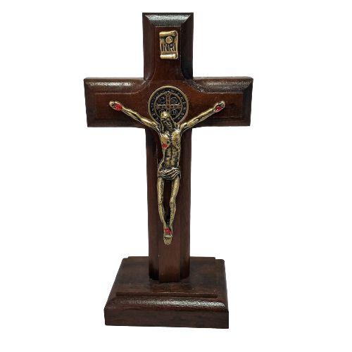 Crucifixo de Madeira São Bento