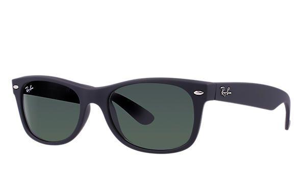 5ae9d9d39b0cc Óculos de Sol New Wayfarer Preto de Lentes Polarizadas - Clássico - Clássic  - RB2132LL90158