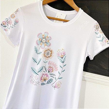 Tshirt Floral frente e mangas