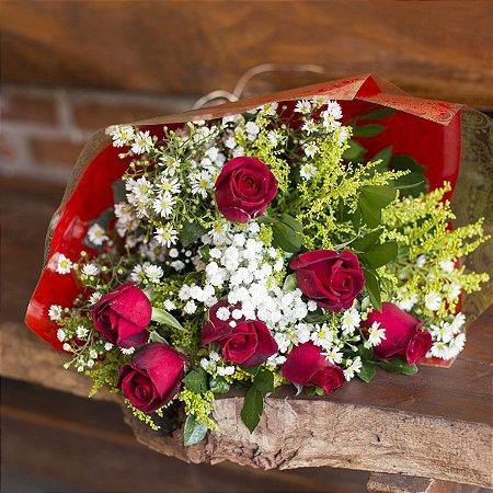Buquê com 6 rosas nacionais