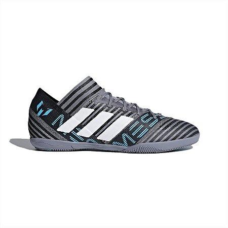 7d303ca01d Chuteira Salão Adidas Nemeziz Messi 17.3 Cinza - 10K Sports