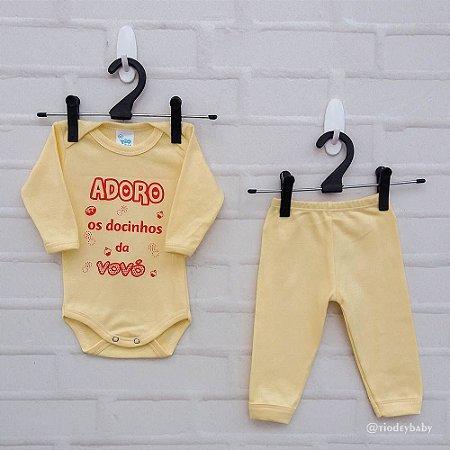 Conjunto Suedine Frases Adoro os Docinhos da Vovó Amarelo