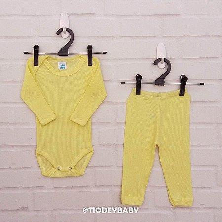 Conjunto Canelado Amarelo