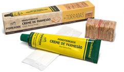 Creme de Parmesão Kraeuterkaese + Torradas Pomerode