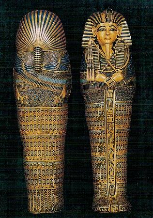 Cartão One of the sarcophagi containing Tutankhamun's internal organs