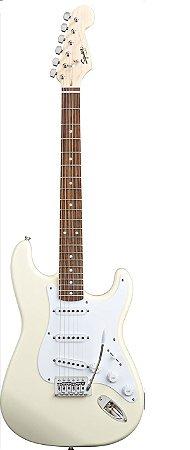 Guitarra Fender Squier Bullet Stratocaster Artic White
