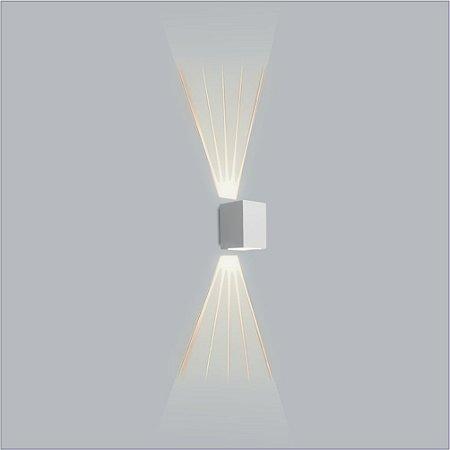 Arandela Retangular Avenca Lente/Lado Fechado 15 x 12 cm - Usina Design 5119F-1